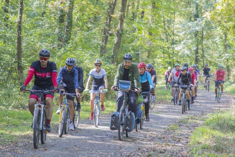 Kocaeli doğaya bisiklet sürüyor