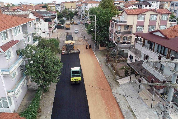 Kocaeli Gölcük'te asfalt çalışması